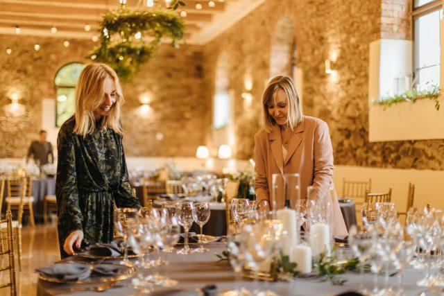 Jak zaplanować dzień ślubu i wesela i nie dać się zwariować — rozmowa z wedding plannerkami z Agencji Ślubnej Czary Marry